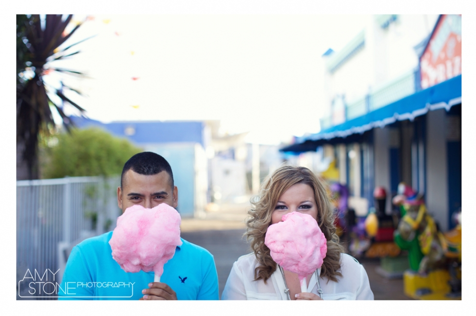 amy-stone-photography-santa-monica-pier-beach-engagement-cotton-candy-photos