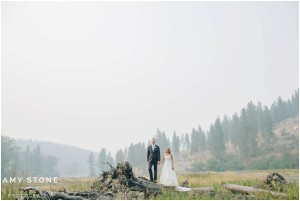 spokane-wedding-photos-amy-stone-photography-shabby-chic-rustic-backyard-wedding-photos