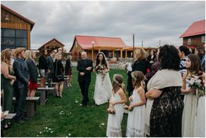 spokane-washington-trezzi-farms-greenbluff-rustic-woodsy-outdoor-fall-wedding-photos_0821