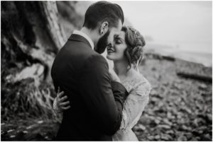 cannon-beach-oregon-romantic-love-elopement-wedding-photos_0763