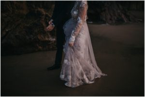 cannon-beach-oregon-romantic-love-elopement-wedding-photos_0771