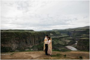 palouse-falls-state-park-spokane-bohemian-elopement-amy-stone-photography-engagement-photos_0897
