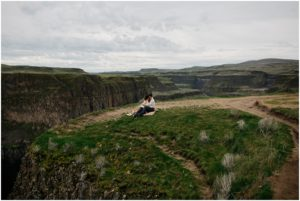 palouse-falls-state-park-spokane-bohemian-elopement-amy-stone-photography-engagement-photos_0900