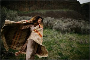 palouse-falls-state-park-spokane-bohemian-elopement-amy-stone-photography-engagement-photos_0917