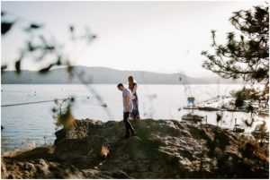 coeur-d-alene-amy-stone-photography-tubbs-hill-outdoor-engagement-photos_0978