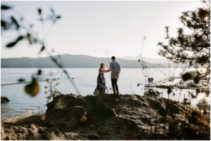 coeur-d-alene-amy-stone-photography-tubbs-hill-outdoor-engagement-photos_0979