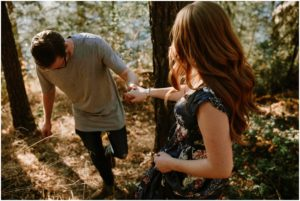coeur-d-alene-amy-stone-photography-tubbs-hill-outdoor-engagement-photos_0981