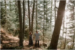 coeur-d-alene-amy-stone-photography-tubbs-hill-outdoor-engagement-photos_0982